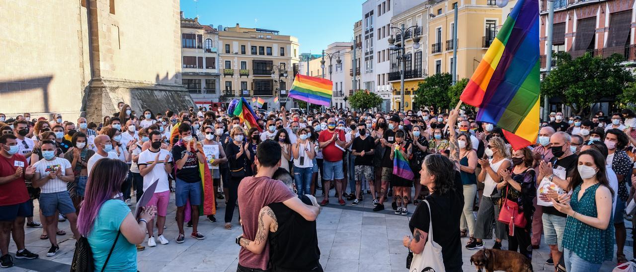 Extremadura reivindica #JusticiaParaSamuel y exige el derecho a amar en libertad