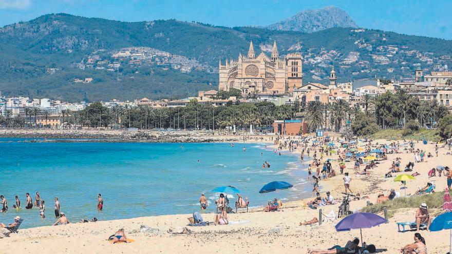 """Impfreisepass: Mallorca fiebert dem  """"Grünen Zertifikat"""" entgegen"""