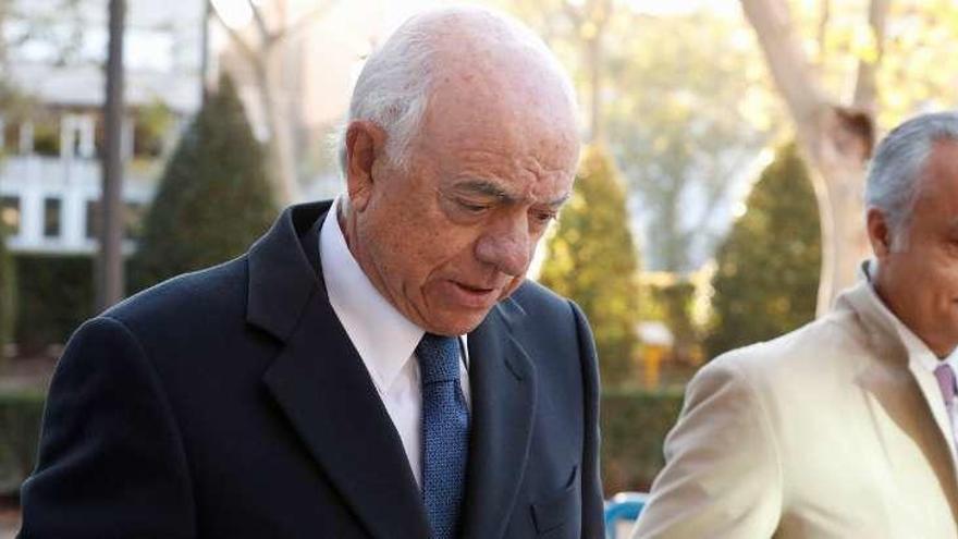Francisco González dice al juez que el BBVA no conocía el espionaje