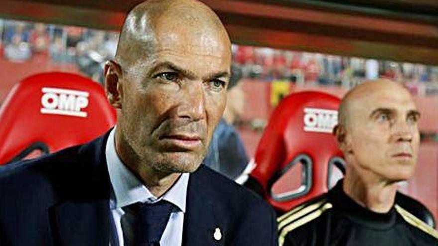 Zidane i el Reial Madrid es juguen el futur en la seva visita d'avui al Galatasaray