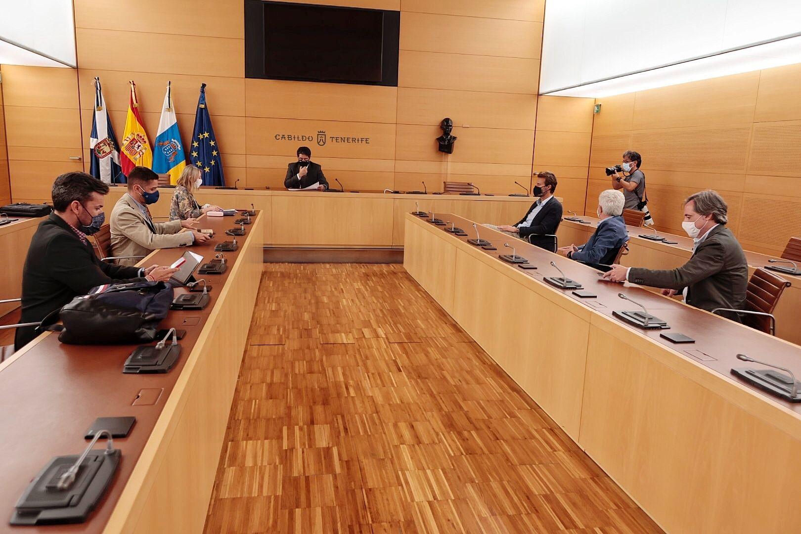 Comisión de seguimiento del convenio entre Cabildo y Acuaes