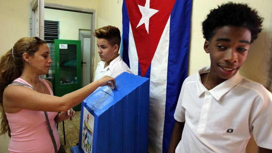 Cuba vota en las primeras elecciones municipales sin Fidel Castro