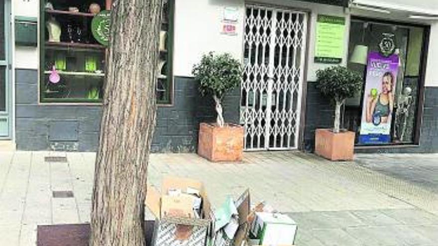 Más de 300 comercios de Paterna reciclan cartón