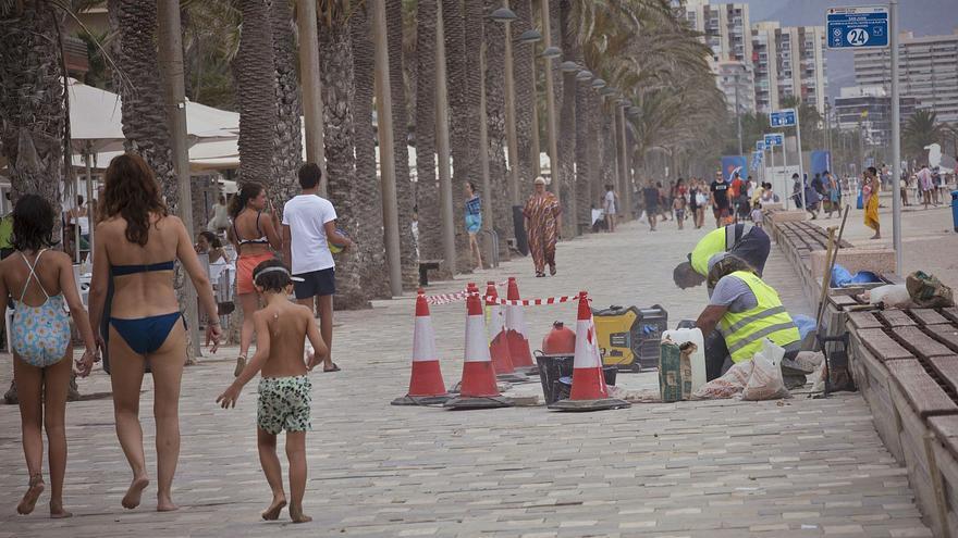 Fallece un bañista en la piscina de un edificio de la Playa de San Juan