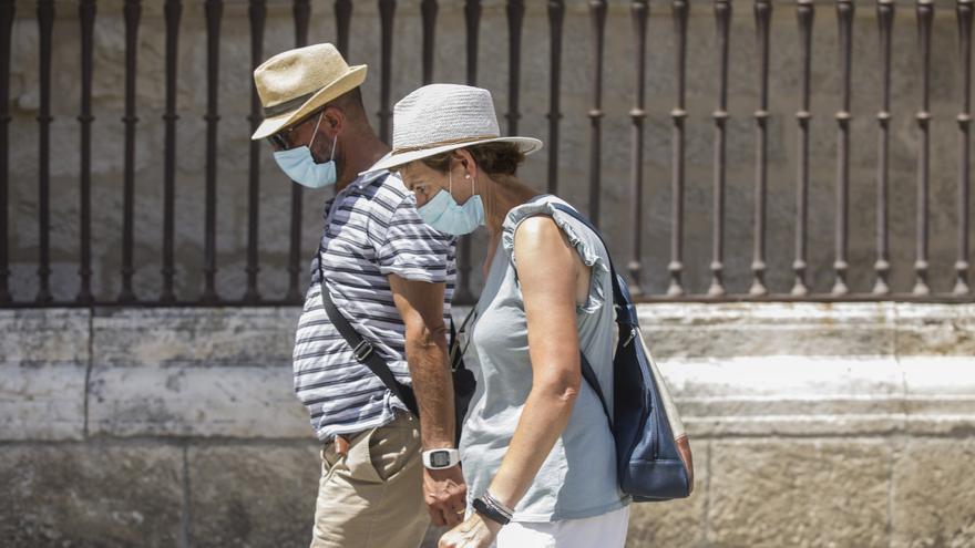 """Asturias, """"prudente"""" ante el fin de la mascarilla en exteriores que otras comunidades ya reclaman para julio"""
