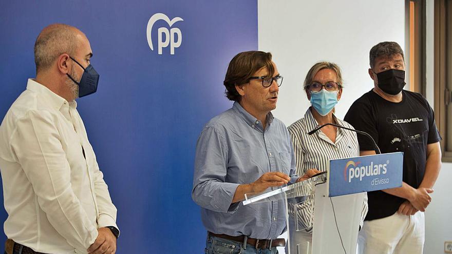 """El PP de Sant Josep denuncia la """"sensación de descontrol"""" en el municipio ante la falta de Policía Local"""
