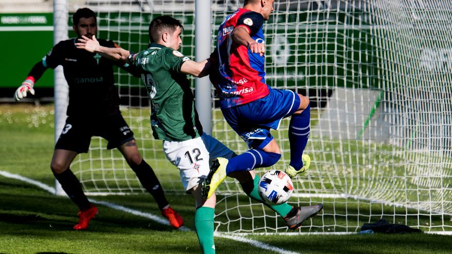 Así fue la jornada de  los equipos asturianos de Segunda B: crónicas, declaraciones, alineaciones y puntuaciones