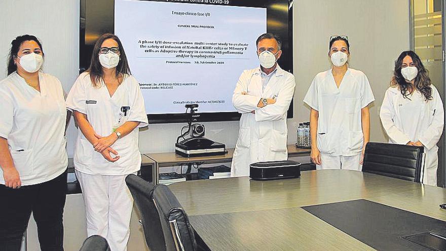 El Clínico ensaya un tratamiento hematológico para destruir el virus