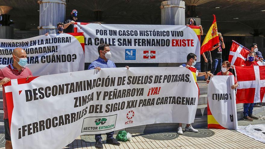 """""""Hasta que Cartagena no sea provincia, la Región no avanzará"""""""