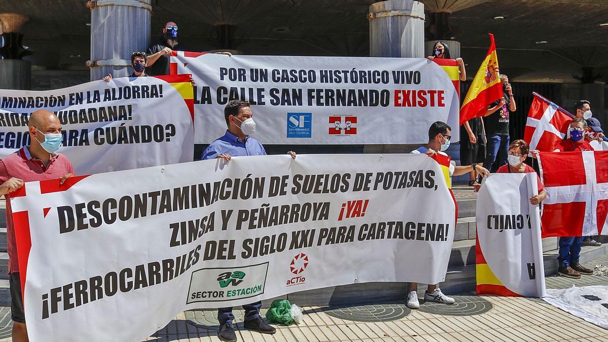 Colectivos piden labiprovincialidad dela Región en la Asamblea.