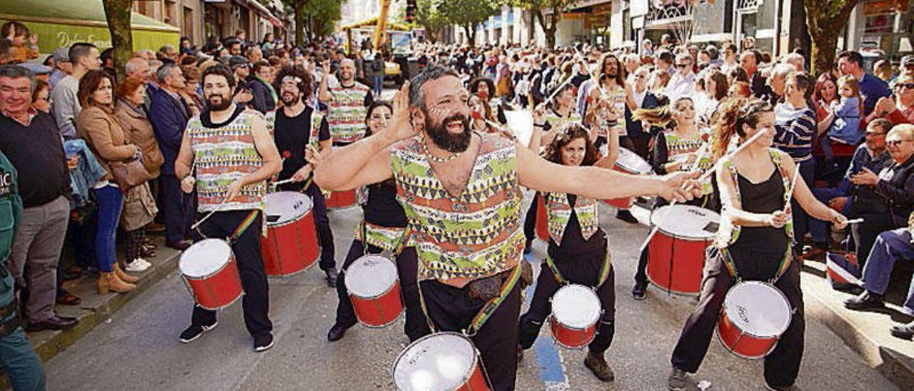 Lalín agarda mañá a chegada de milleiros de visitantes no día grande da Feira do Cocido