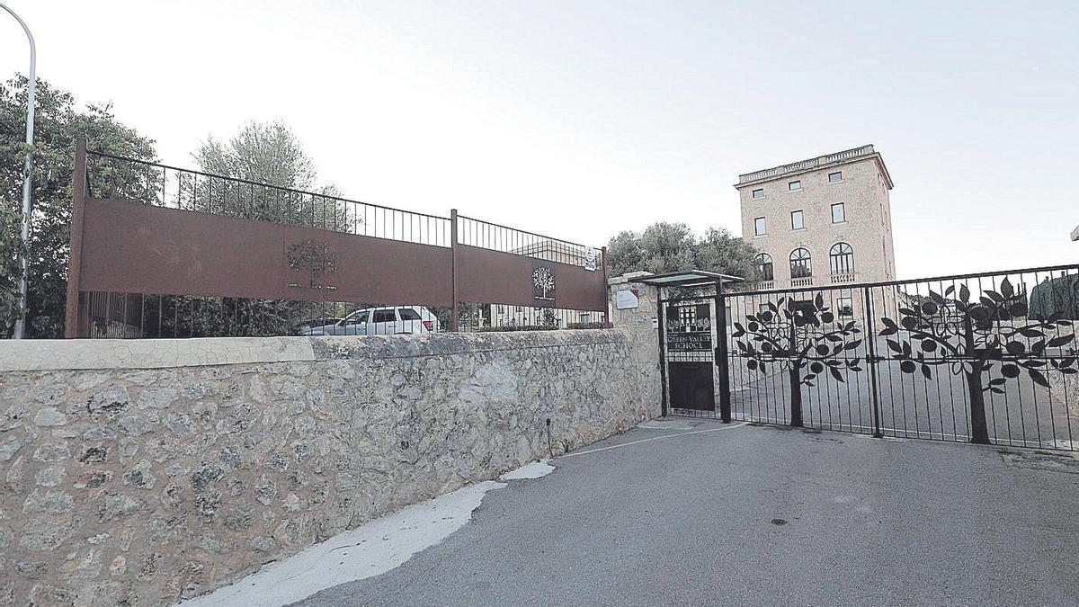 El colegio Green Valley, donde se produjo el accidente.
