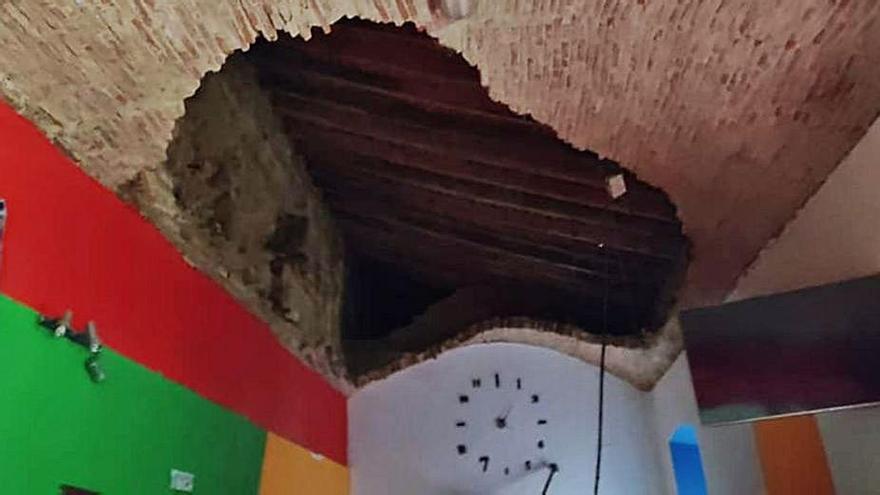 El derrumbe de una bóveda ocasiona daños en un local del Alcázar de Toro