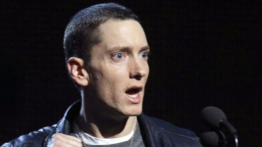 Eminem lanza su álbum de estudio más problemático
