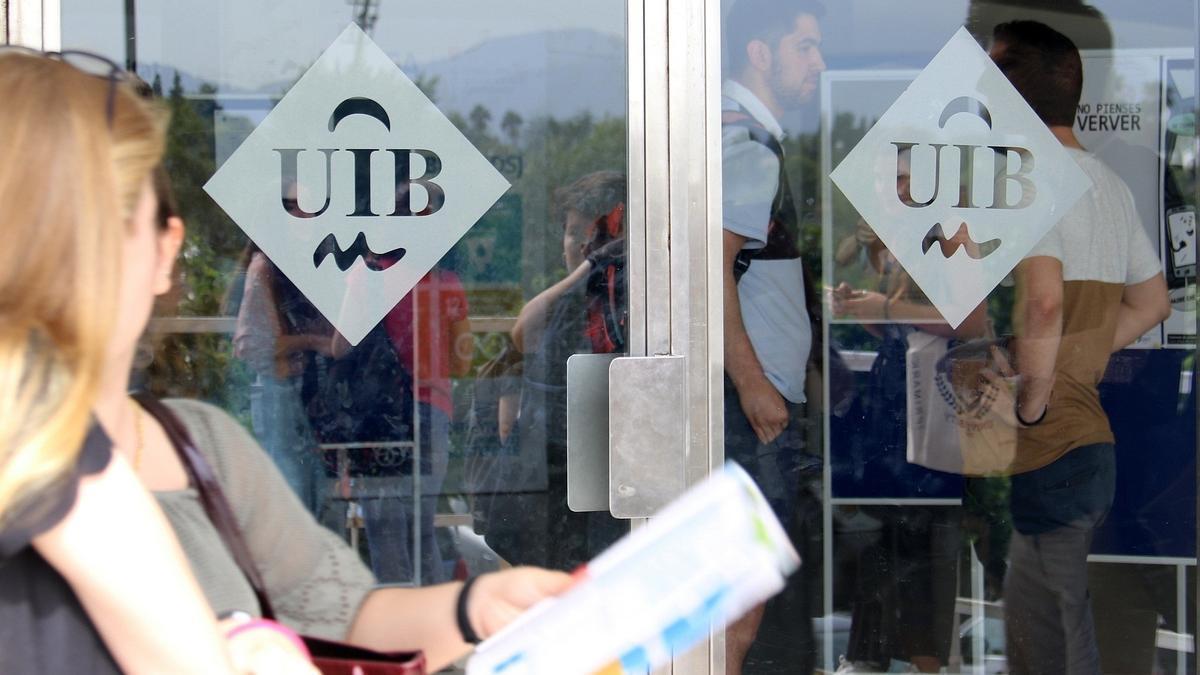 BALEARES.-La UIB convoca un concurso de divulgación científica dirigido a investigadores