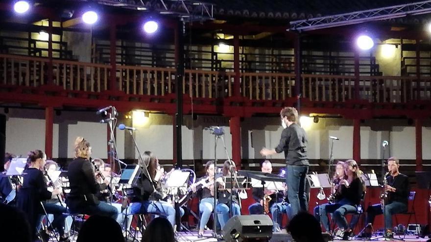 La Banda La Lira de Toro recauda fondos para Cruz Roja con el concierto de Navidad