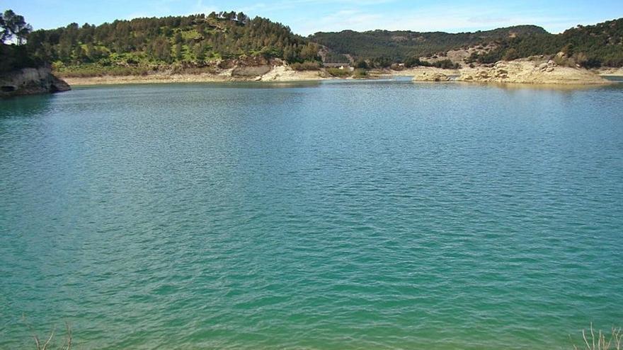 El pantano del Chorro busca ser playa de interior con Bandera Azul