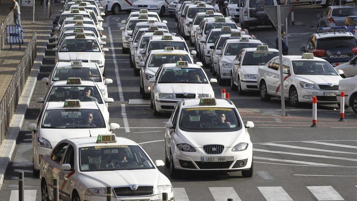 El Congreso pagó más de 800.000 euros en taxis y kilometraje a los diputados en 2020