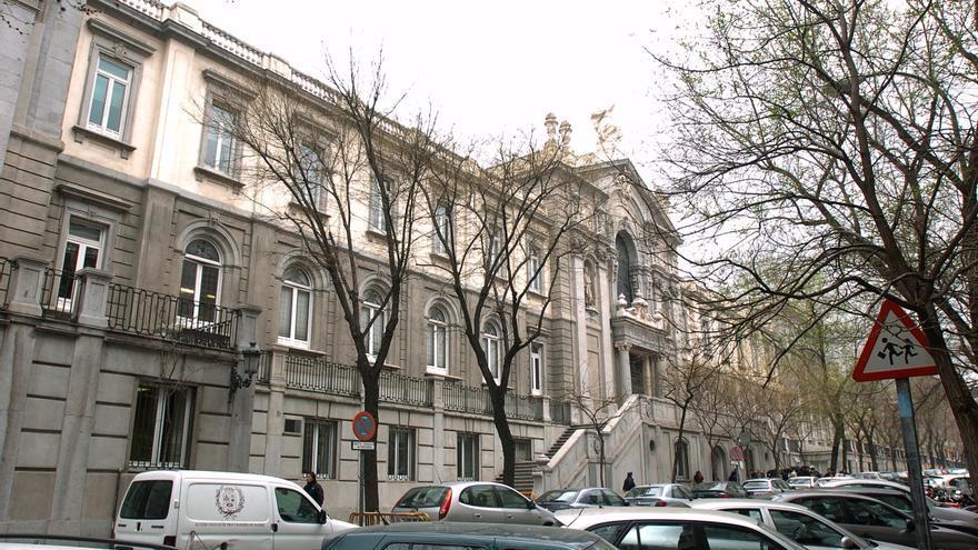 Los sindicatos aplauden el cambio de criterio del Supremo sobre los interinos