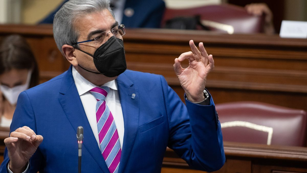 El vicepresidente y consejero de Hacienda, Presupuestos y Asuntos Europeos del Gobierno de Canarias, Román Rodríguez