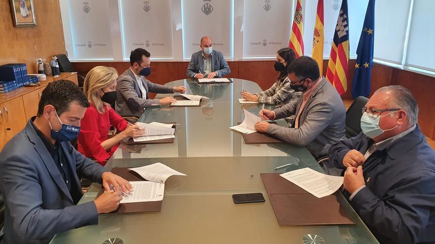 Consell y ayuntamientos de Ibiza destinan 3,5 millones para ayudas a los autónomos