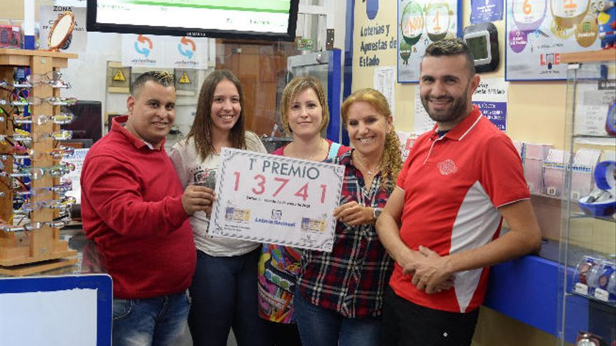 Un jubilado de Sardina gana 100.000 euros en la lotería nacional