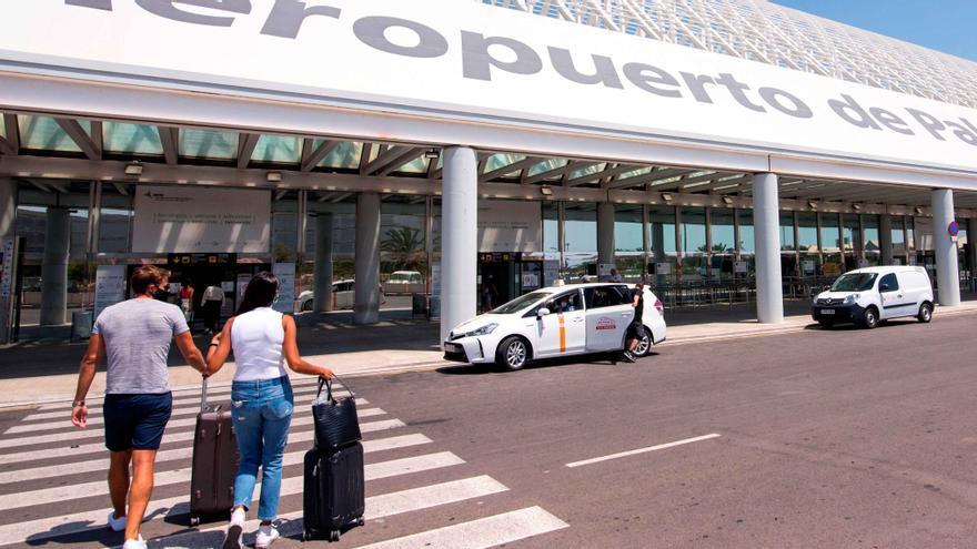 Explosión de contagios de estudiantes de toda la Península tras viajar a Mallorca
