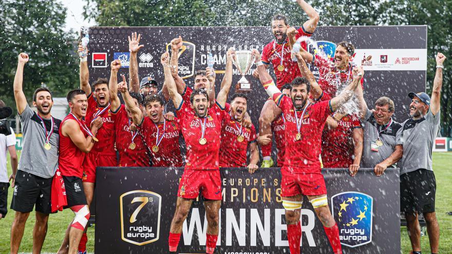 Javier de Juan disfruta de la conquista del título europeo de rugby 7