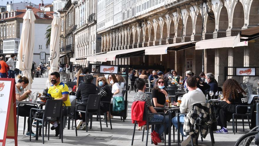 A Coruña y toda la comarca, salvo Carral, pasan este jueves al nivel más bajo de restricciones