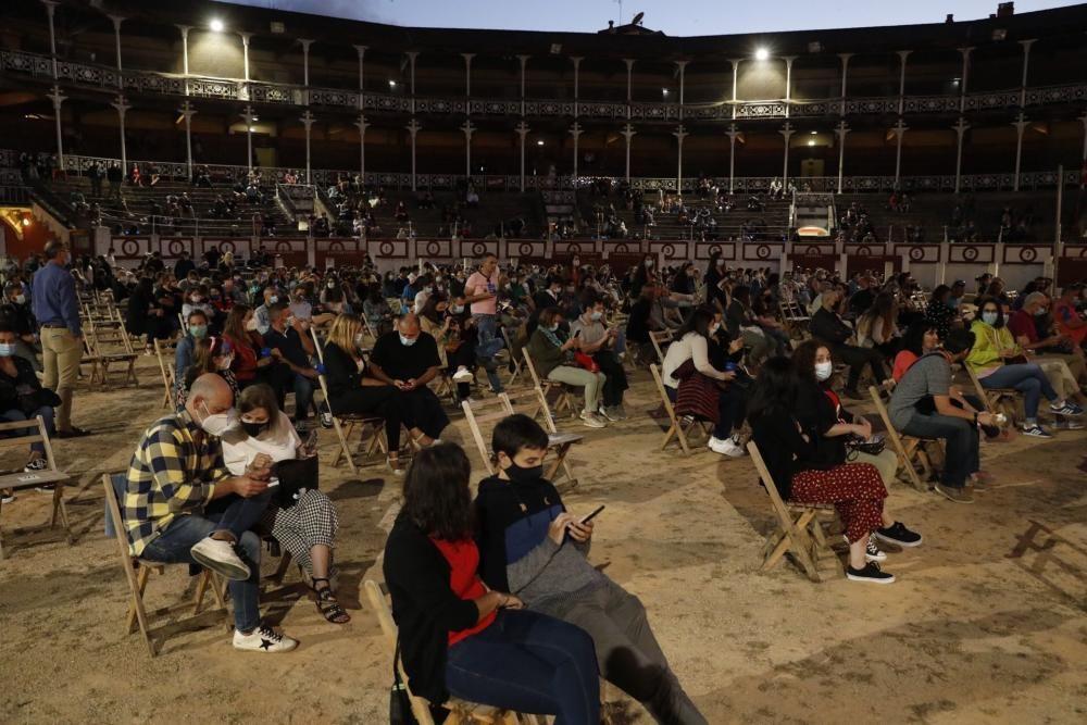 Concierto de Amaral en la plaza de El Bibio