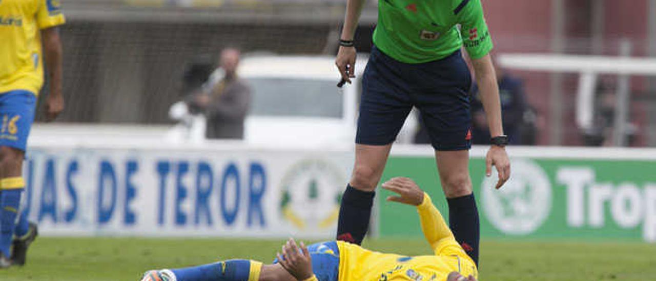 Culio y Jonathan Viera, bajas por lesión durante el próximo mes