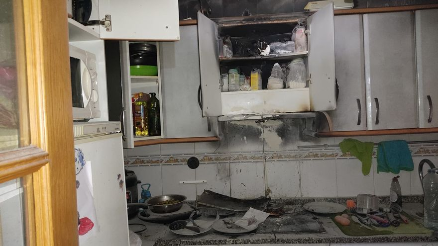 Los Bomberos de Toro sofocan un incendio en una vivienda