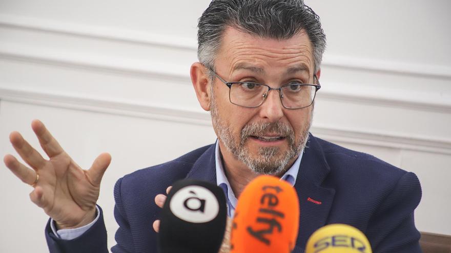 """El PSOE de la Vega Baja acusa al PP y a Cs en Callosa de """"proteger"""" a los cargos populares del """"caso wifi"""""""