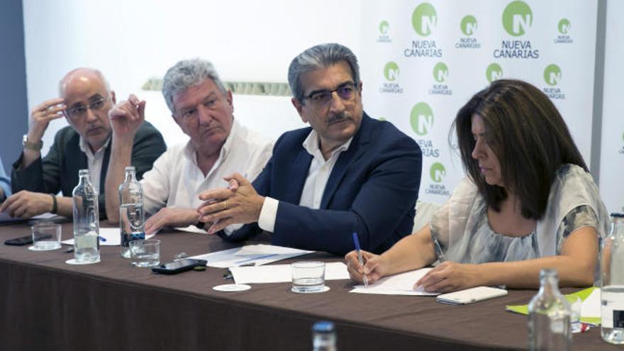 """Nueva Canarias ratifica por unanimidad el """"sí"""" de su único diputado a las cuentas del PP"""