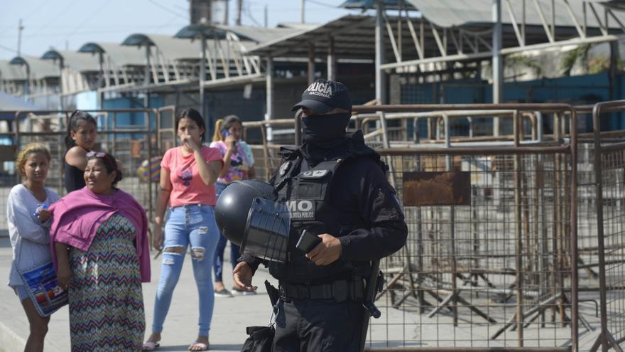 Ecuador llena de militares la cárcel de Guayaquil tras la matanza de presos