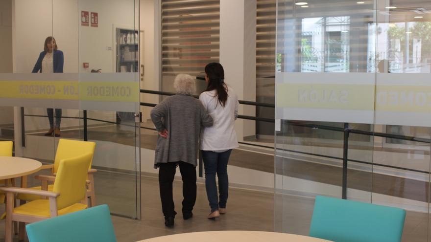 Empresas malagueñas apadrinarán a personas mayores vulnerables a través de la Fundación Juan Cruzado