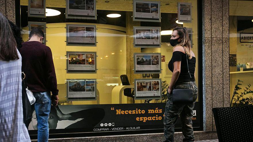 La pandemia desploma un 29% las compras de vivienda de los extranjeros