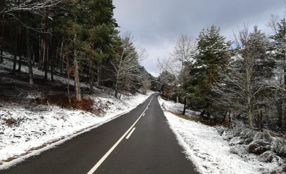 La nieve cubre la comarca sanabresa