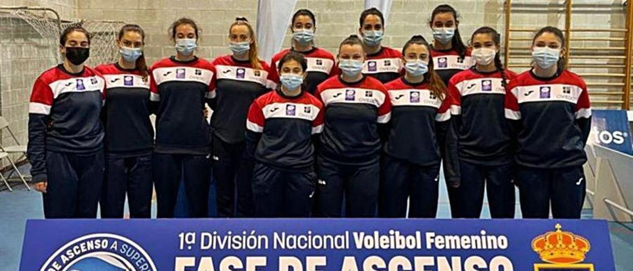 El Club Voleibol Oviedo, en Orense. |