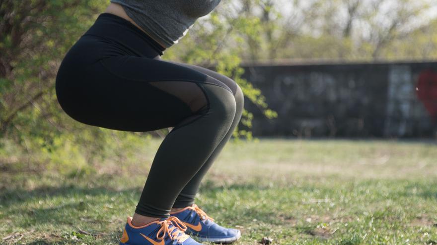 El ejercicio quemacalorías perfecto: pierde peso fácil y sin salir de casa