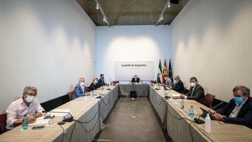 Andalucía prorroga el grueso de sus medidas contra el covid
