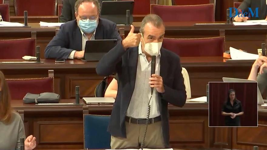"""El vicepresidente Yllanes al PP en el Parlament: """"Son ustedes una panda de corruptos"""""""