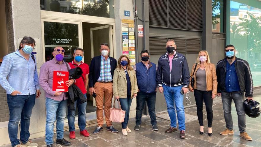 CC OO pide al cónsul de Francia que medie para evitar el cierre de los laboratorios Labaqua