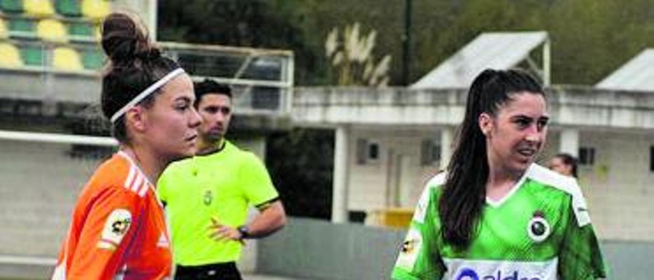 Ibarrola, a la derecha, durante un partido con el Racing.