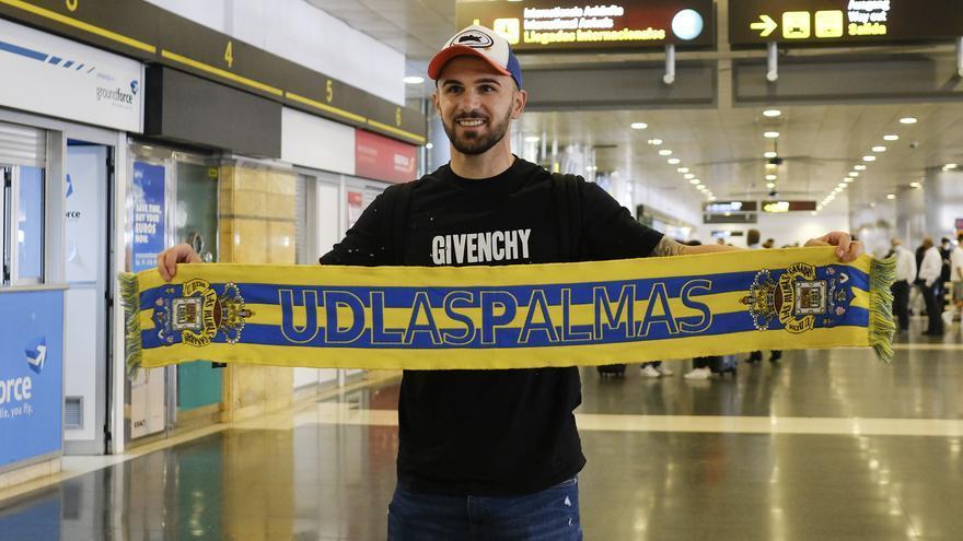El delantero Armando Sadiku ya está en Gran Canaria