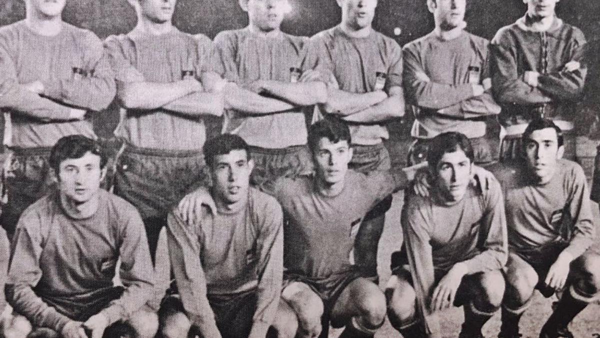Isidre Sala, dempeus l'últim a la dreta, amb la selecció espanyola del 1968 | HISTÒRIA DEL FUTBOL A GIRONA