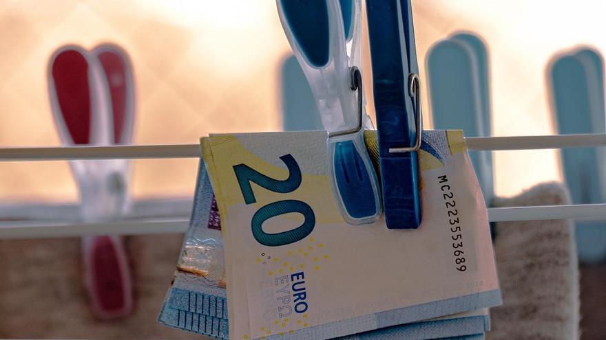 Un prestamista de Tui dejó 25.000 euros y reclamó más del doble tras cinco meses