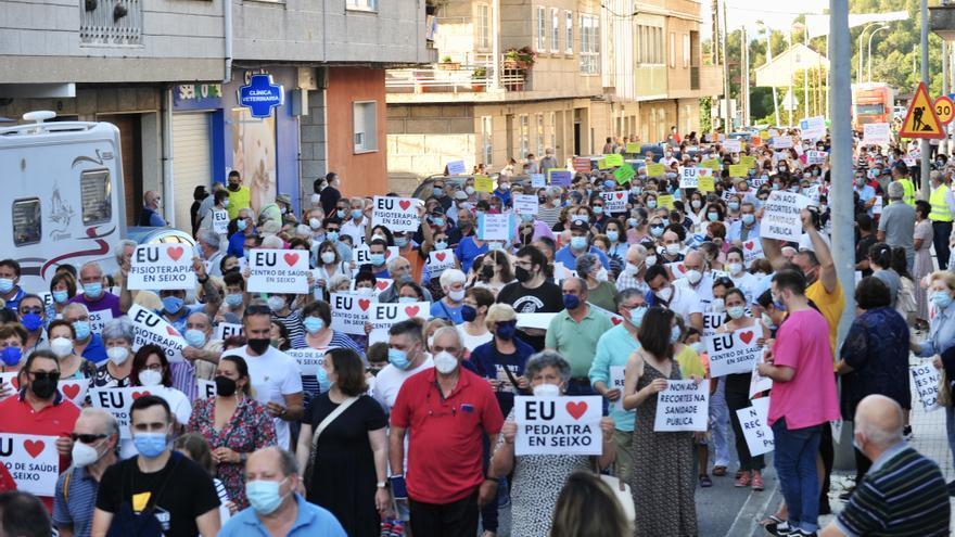 La Plataforma en Defensa de la sanidad en Seixo denuncia que en agosto solo tendrán 4 horas de médico