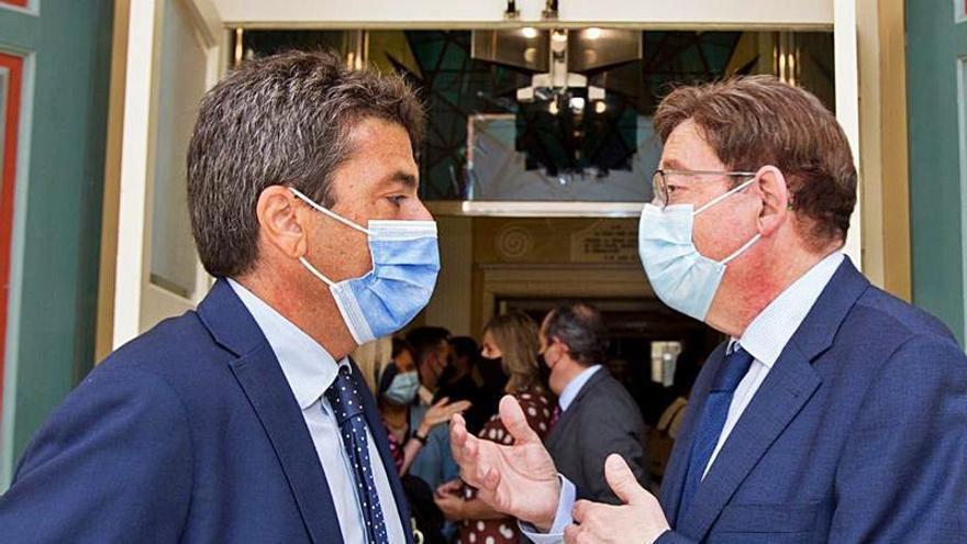 La «lucha» política entre Puig y Mazón se traslada a la Gala de la Bellea del Foc
