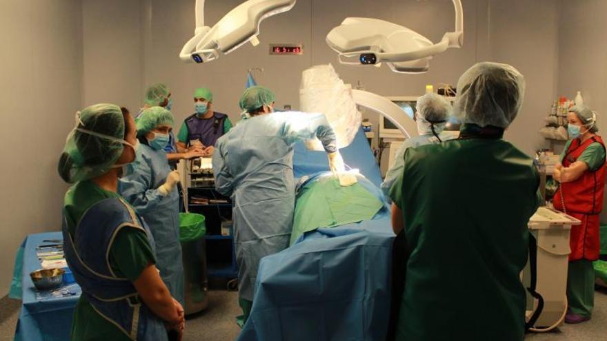 La lista de espera quirúrgica aumenta 21 días en Zamora, lastrada por Traumatología y Urología